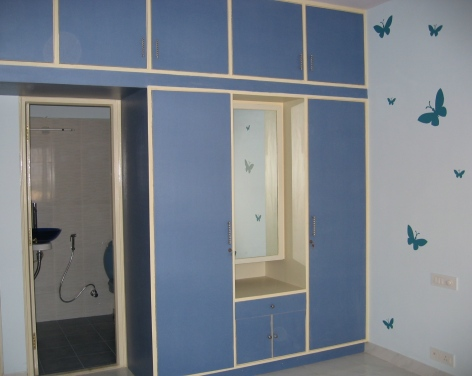 An Indigo inspired room with stencil butterflies